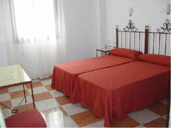 Hotel Don Paula: BEDROOM