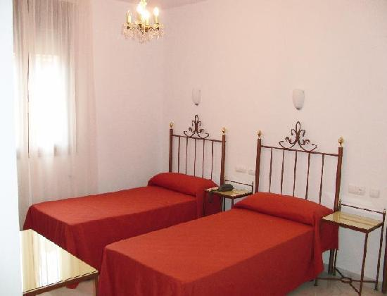 Hotel Don Paula: Double room