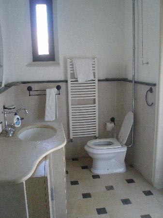 Menta & Ciliegio B&B: bagno