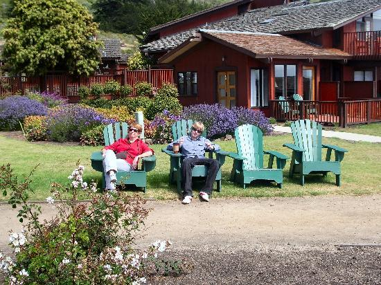 Ragged Point Inn and Resort: Chilling out!