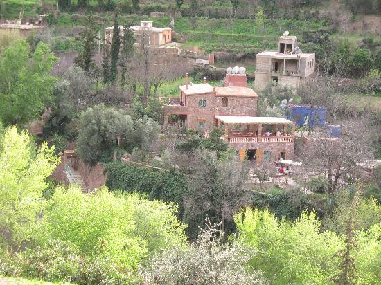 أوريكا, المغرب: Chez Larrbi - vue du versant opposé