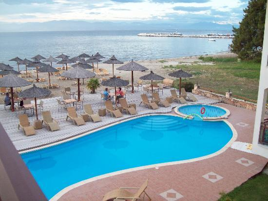 Thasos, Greece: Beach and pool