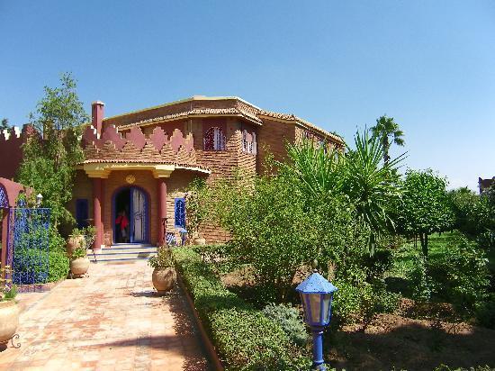 Riad Lebakoua: Terrasse ombragée
