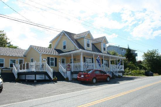 West Dover Harbour View Cottages & Guestrooms: A quiet gem