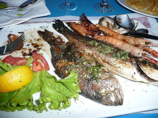 Krk, كرواتيا: Pesce alla griglia