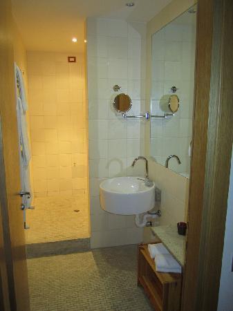 Hotel Langhe: Camera 302 - Barolo