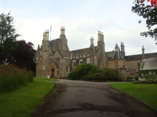 Afternoon Tea Tours: Beautiful castles