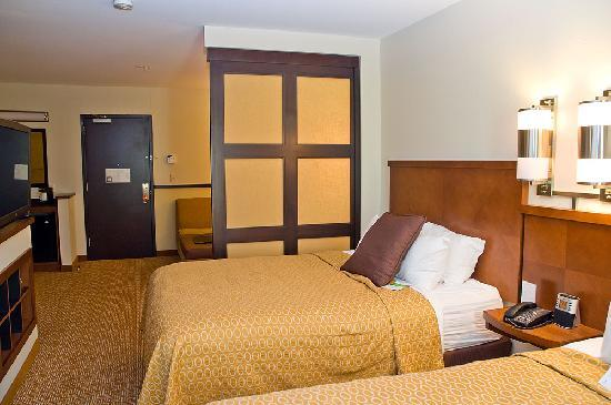 Room Interior 2 - Picture of Hyatt Place Chesapeake/Greenbrier ...