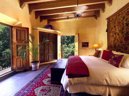 Hacienda De Los Santos: Bedroom of the San Javier Suite