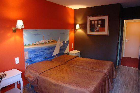 Hotel des dhuits colombey les deux eglises frankrike - Chambre d hotes colombey les deux eglises ...