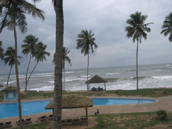 Elmina Bay Resort: Overview of resort from balcony