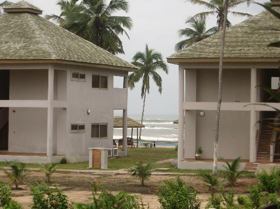 Elmina Bay Resort: Resort grounds