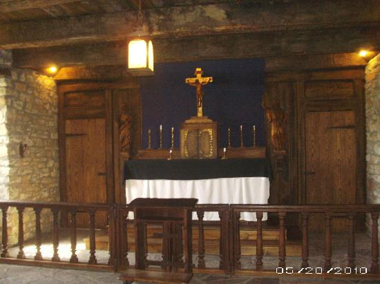 Youngstown, NY: Chapel in French Castle, Ft. Niagara