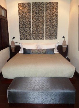 The Apsara Rive Droite: Apsara RD - Bed