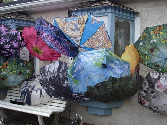 Niagara-on-the-Lake, Canada: You can find unique merchandise - like this umbrella shop