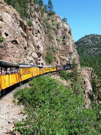 Durango and Silverton Narrow Gauge Railroad and Museum : Durango&Silverton train