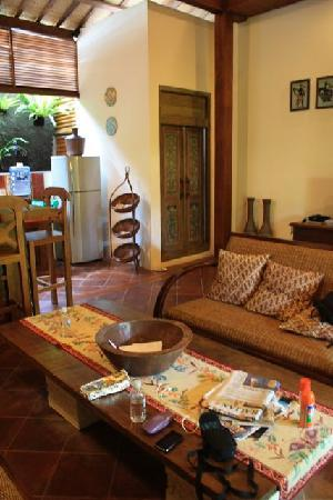 Villa Kampung Kecil: The main living area