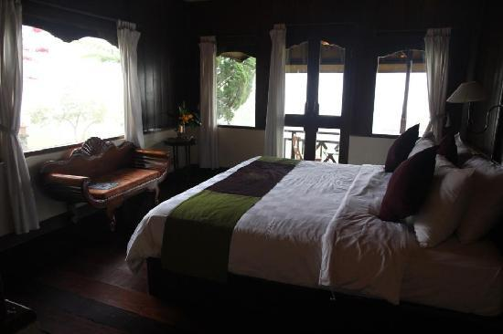 Anaheim Villa Lake Buyan: Our room
