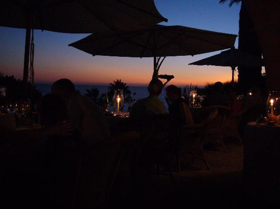 Vila Joya: Dinner auf der Terasse mit Sonnenuntergang