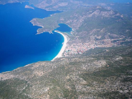 Belcehan Delux: view of Olu Deniz from paragliding