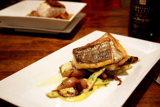 BlackSalt Fish Market & Restaurant: Rockfish with Fingerlings and Pancetta