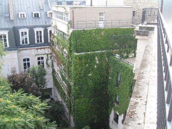 Residence du Roy Hotel: Balcony view