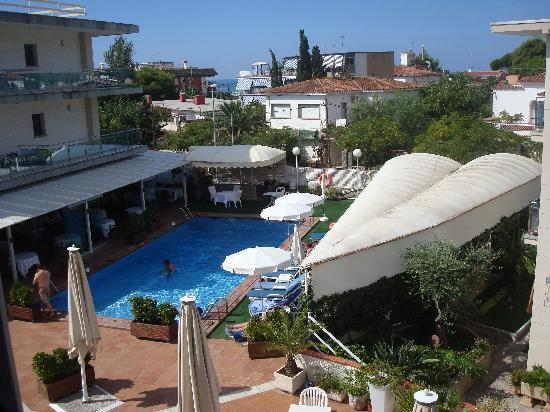 Best Western Hotel Mediterraneo: Pool