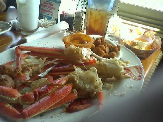 Fisherman's Wharf: Crab Platter