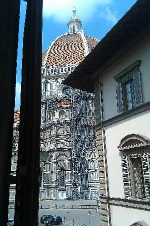 Bed and Breakfast di Piazza del Duomo: The Duomo from my window.