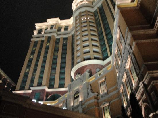 Four Seasons Hotel Macau, Cotai Strip : another hotel picture