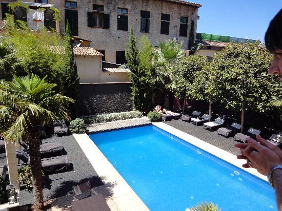 Hotel L'Avenida: Pool