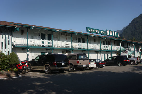 Slumber Lodge Motel