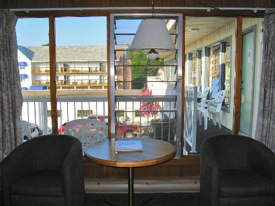 Blue Bay Motel: front window and a view