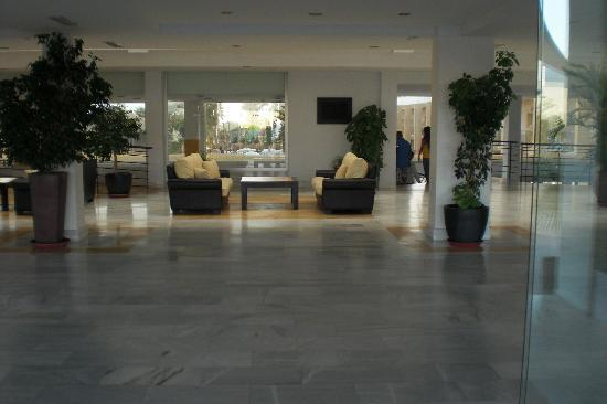 SunConnect Cabogata Garden : Eingangshalle