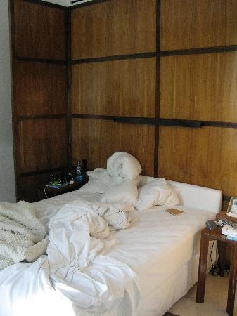 Condesa DF: room
