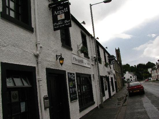 The Argyll Inn : outside of the inn