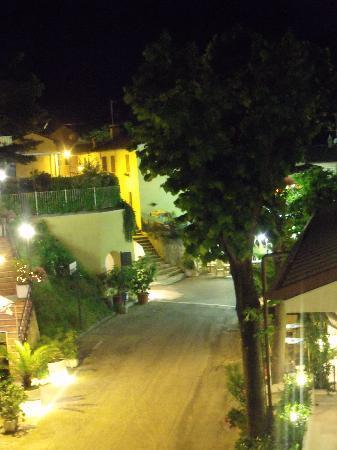 Hotel Posillipo Gabicce Monte: Gabbicce Monte at night