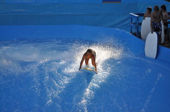 Boe Sommarland: Flow rider - surf wave