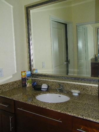 Residence Inn Sebring: King Suite Bathroom Vanity area