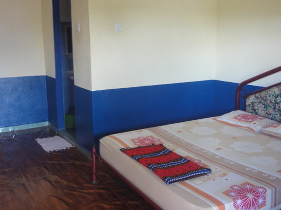 Rainbow Lodge: Typical double bed room