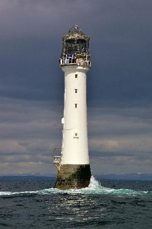 Arbroath, UK: Treat yourself to the history of this amazing lighthouse, then go see it!