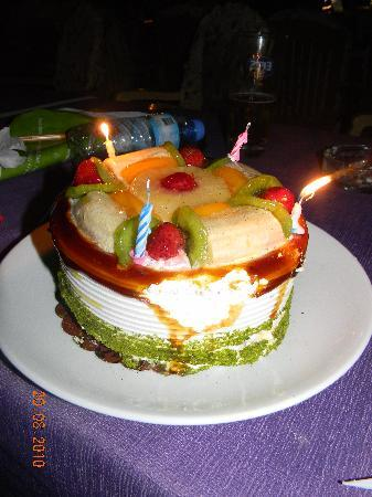 Sun Apartments Marmaris: our anniversary cake