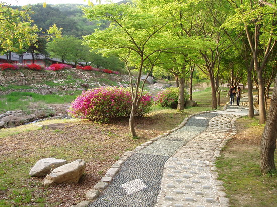 Gyeongsangnam-do, Zuid-Korea: foot massage road