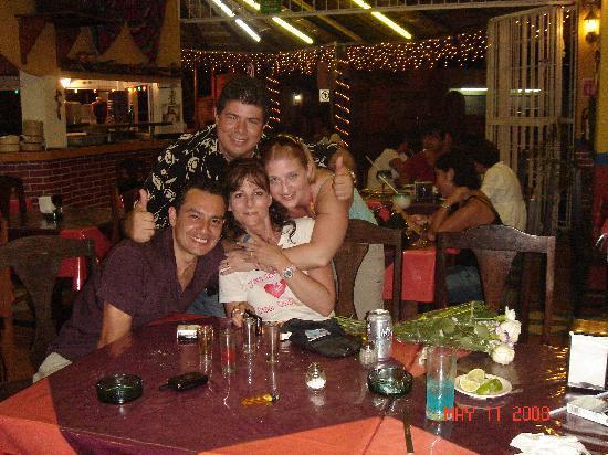 Los Amigos : Good party