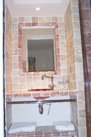 Hotel Restaurant du Parc: lavabo