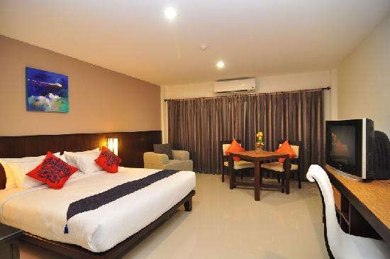 Rattana Residence: Deluxe bedroom