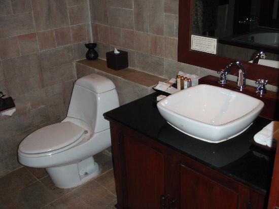 Green Park Boutique Hotel: Bathroom #1