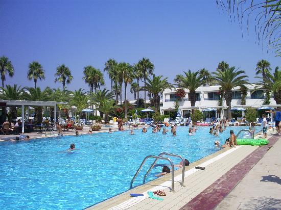 Dome Beach Hotel & Resort: pool