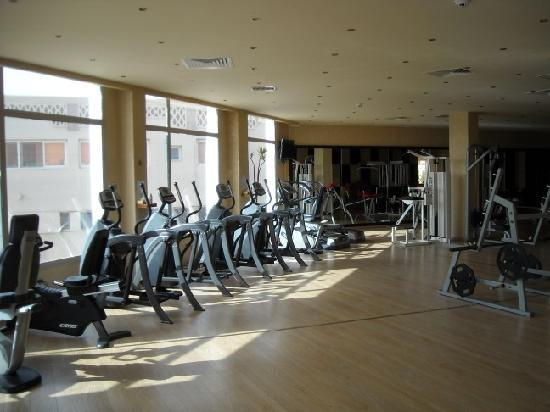 Sunrise Select Garden Beach Resort & Spa: gym