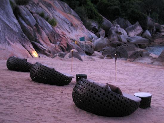 บันยันทรี สมุย: on the beach